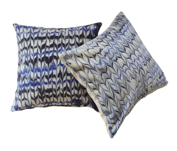 marbleized_pillow_7