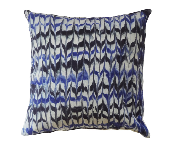 marbleized_pillow_8